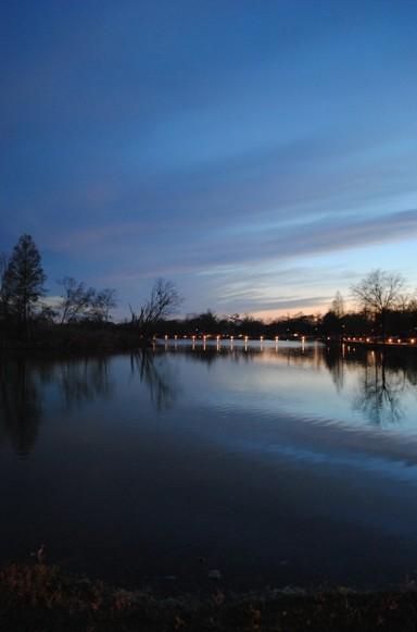 Setting Sun East Lake Park 04062013